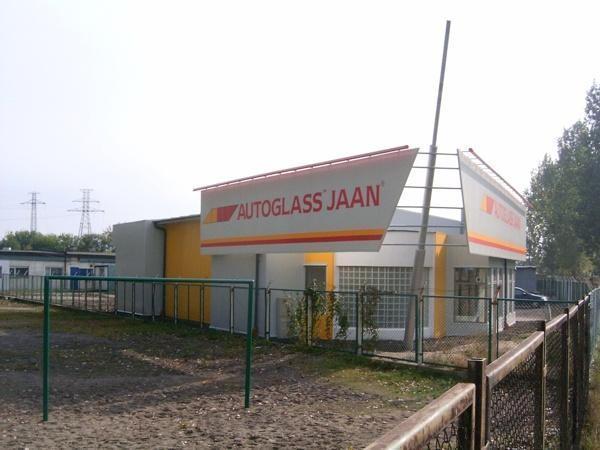 Budynek handlowo-usługowy firmy JAAN w Toruniu
