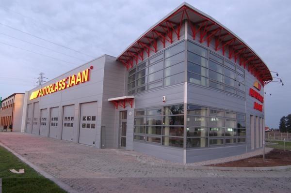 Budynek usługowo-magazynowy firmy JAAN w Warszawie