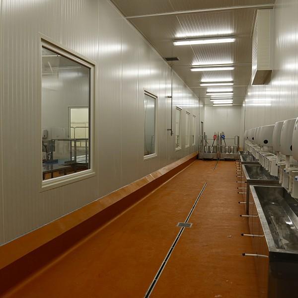 wnętrze hali przemysłowej 5