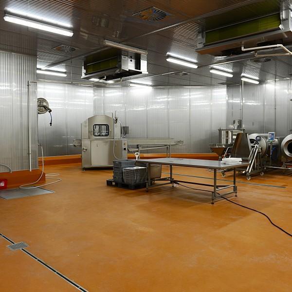 wnętrze obiektu przemysłowego 2