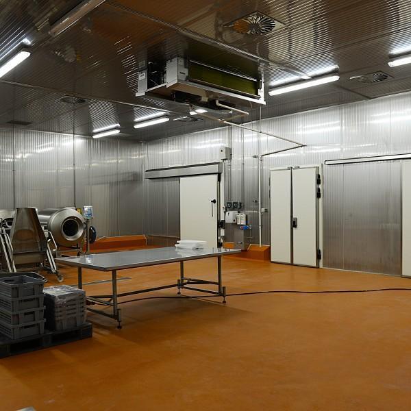 wnętrze obiektu przemysłowego 1